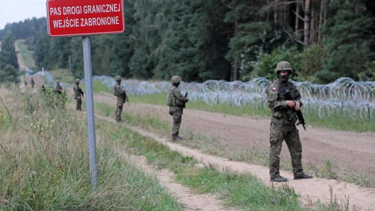 Полша увеличава броя на войниците на границата си с Беларус