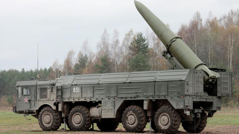 """Руснаците успешно изстреляха балистична ракета """"Искандер"""""""