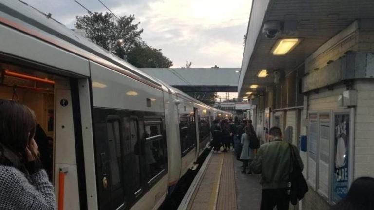 Намушкаха мъж в Лондонското метро, съобщава в.