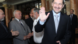 В Македония подиграват Любчо Георгиевски с песен на Веско Маринов