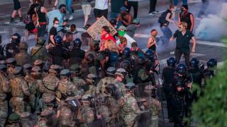 Спират използването на сълзотворен газ и пластмасови куршуми срещу протестиращите в Денвър