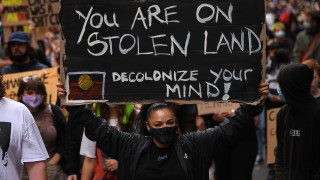 Австралия разследва въздействието на колонизацията върху аборигените