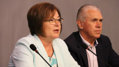 Донка Михайлова: Често властта свири служебни победи на своите кметове
