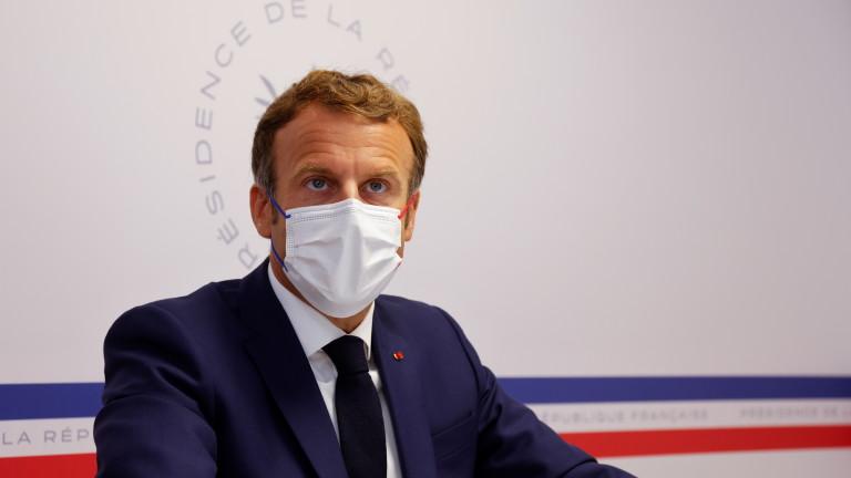 Макрон призова пред Съвета по отбрана всички французи да се ваксинират