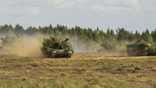 Русия изпрати танкове в близост до границата с Афганистан