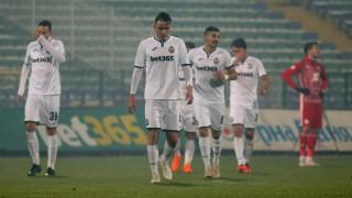 Карабельов: Не мисля да сменям Славия с друг български клуб, ще си заслужа трансфер в чужбина