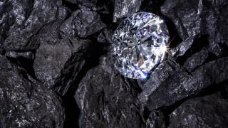 Заради кризата: Най-голямата компания за диаманти пред фалит и преструктуриране