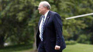 Ключов съюзник на Тръмп подаде оставка