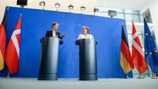Меркел призна за проблеми с коалиционните партньори заради Фон дер Лайен