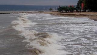 Слаб туристически сезон на морето, цените падат