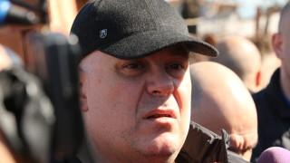 Иван Гешев начерта гранична линия, всеки трябва да избере страната