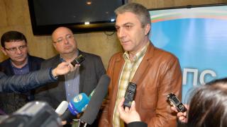 Доган винаги е бил единственият лидер на ДПС, обяви съпредседателят Карадайъ