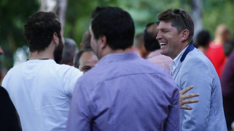 Стойчо Стоилов на мисия в Бразилия, търси нови футболисти