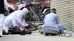 Въоръжени нападнаха пакистанската фондова борса в Карачи, ликвидираха ги