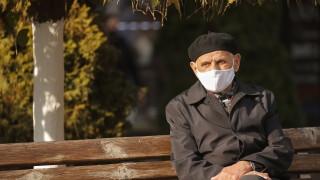 Маските повишавали само до 20% защитата от коронавируса