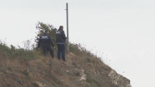 С катер издирват тялото на 15-годишното момиче в морето край Китен