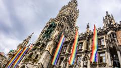 """Кметът на Мюнхен бесен от """"срамното"""" решение на УЕФА, ще украси с гей символи други градски забележителности"""