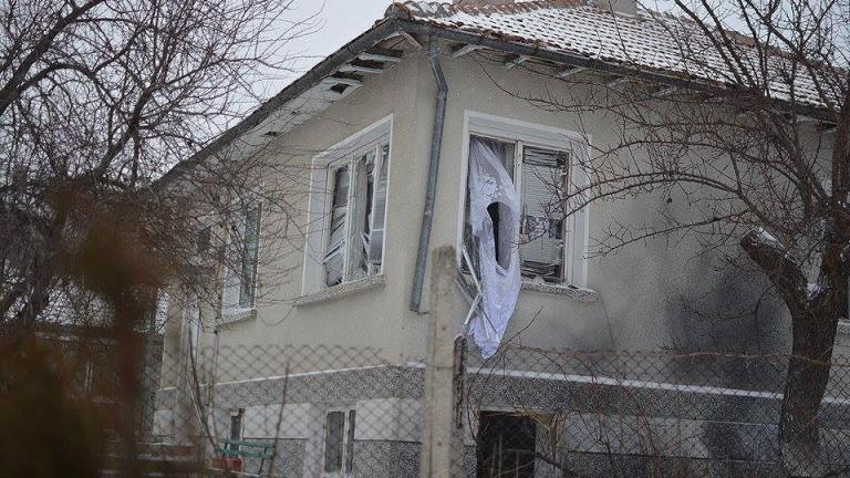 Взривиха зъболекарски кабинет на семейство от Северна Македония в санданското