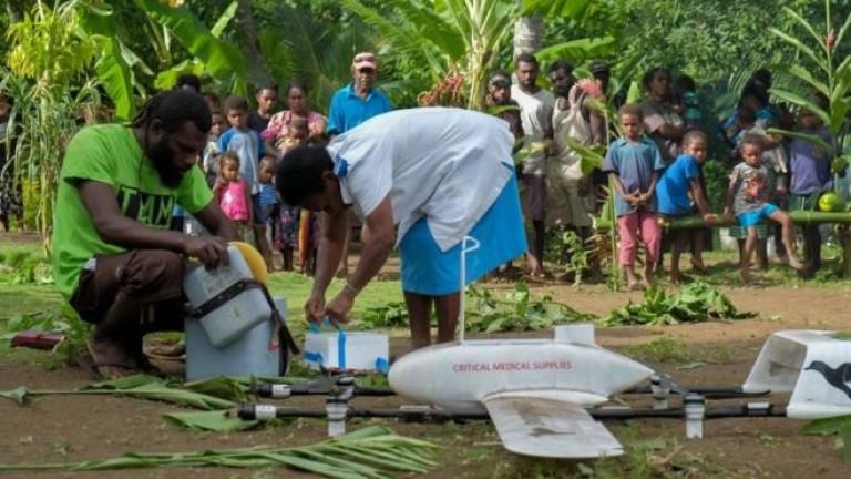 Първите доставки на ваксини с дрон в света са на отдалечен остров в Тихия океан