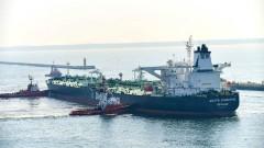 Най-големият вносител на петрол в света изчерпва мястото си за съхранение