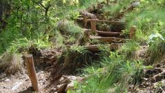 Опасна екопътека в ждрелото на река Ерма