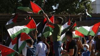 Съперниците Фатах и Хамас се обединяват срещу анексирането на Западния бряг