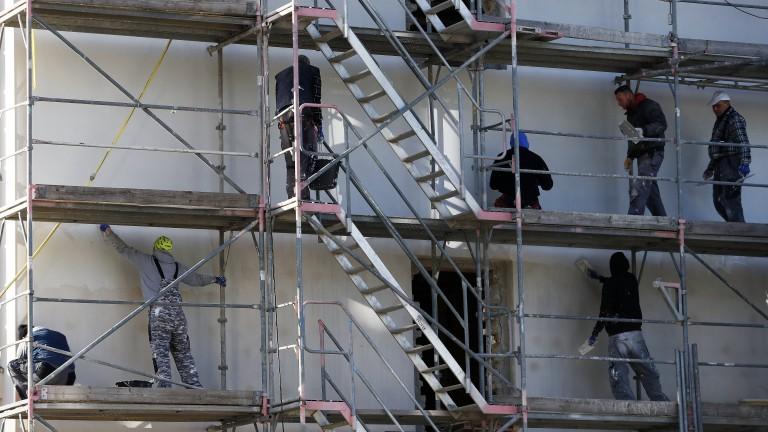 Общините сами покриват грешките от липса на контрол при санирането