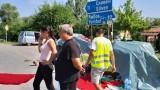 Села в софийско и ямболско протестират срещу унищожаването на прасета