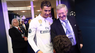 """Кристиано беше награден от футболния си """"баща"""""""