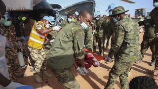 Двадесет миротворци от ООН са ранени при атака в централната част на Мали
