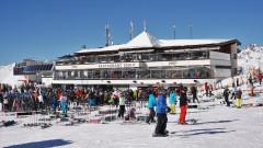 И Австрия склони да спре зимния ски сезон, за да ограничи вируса
