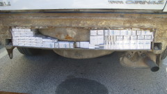 Митничари спипаха грък с 2000 кутии цигари контрабанда