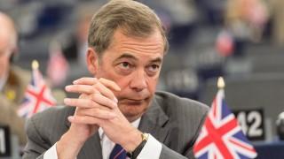 Фараж недоволства от предложение на Мей за Брекзит
