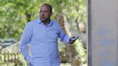 Тити Папазов: Ако Божков и Попов са добронамерени, ще предложат акциите на друг