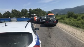 Верижка катастрофа на пътя Бургас-Царево в посока Приморско