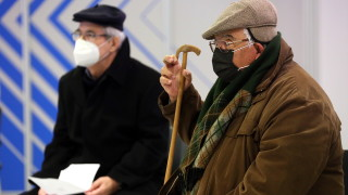 В Гърция очакват колективен имунитет срещу коронавируса до октомври