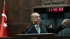 Ердоган предупреди Гърция и Кипър за търсенето на газ и егейските острови