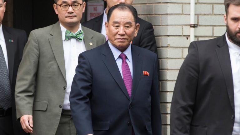 КНДР отстрани дясната ръка на Ким Чен-ун от топ пост