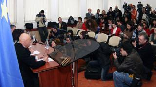 НДСВ заплаши с напускане на коалицията