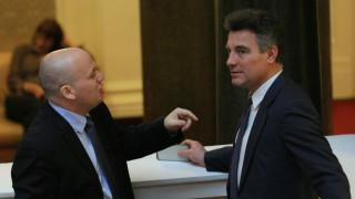 Соцдепутатът Симов не вярва властта да изкара в този вид до евроизборите