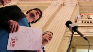 Политическата криза в Северна Ирландия се задълбочава