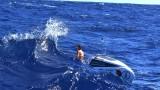 Да гребеш сама 70 дни в Атлантическия океан