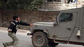 Трима палестинци ранени при акция на израелски войници в Наблус