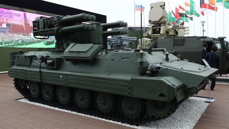 """В армията на Русия приемат на въоръжение новия зенитно-ракетен комплекс """"Сосна"""""""