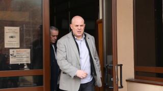 Иван Гешев излъчи опасни послания, заяви адвокат, поискал проверка на качествата му