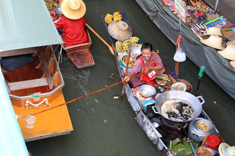 Плаващите пазари