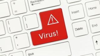 """Нов вирус """"рови"""" из Facebook"""