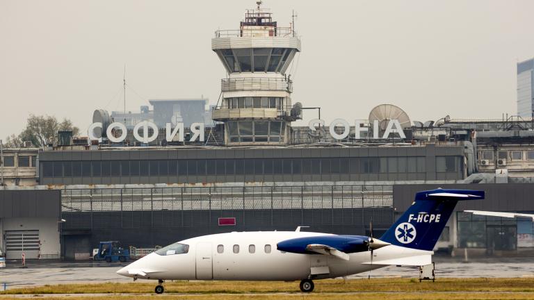 Броят на пътниците на летище София продължава да расте уверено