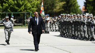 Борисов обеща пълна подкрепа за военновъздушното училище в Долна Митрополия