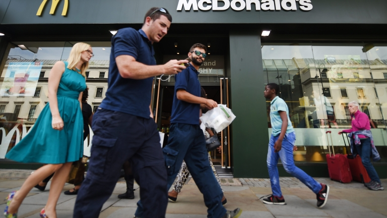 McDonald's ресторант в САЩ  дава iPhone на новите служители, но при едно условие